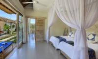 Twin Bedroom - Villa Bukit Lembongan - Villa 2 - Nusa Lembongan, Bali