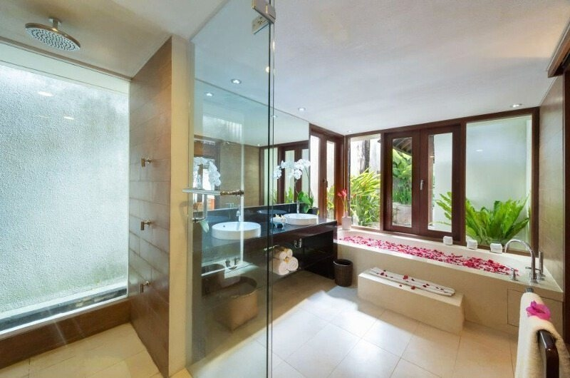 Romantic Bathtub Set Up with Shower - Villa Bunga Pangi - Canggu, Bali