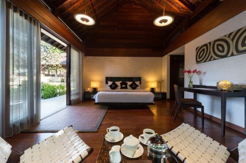 Bedroom with Seating Area - Villa Bunga Pangi - Canggu, Bali