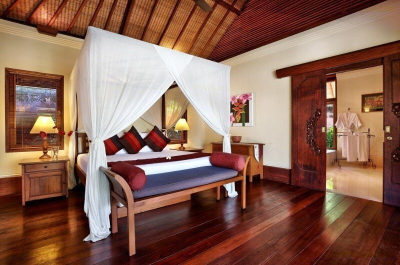 Bedroom with Table Lamps - Villa Bunga Wangi - Canggu, Bali