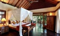 Bedroom with Seating Area - Villa Bunga Wangi - Canggu, Bali