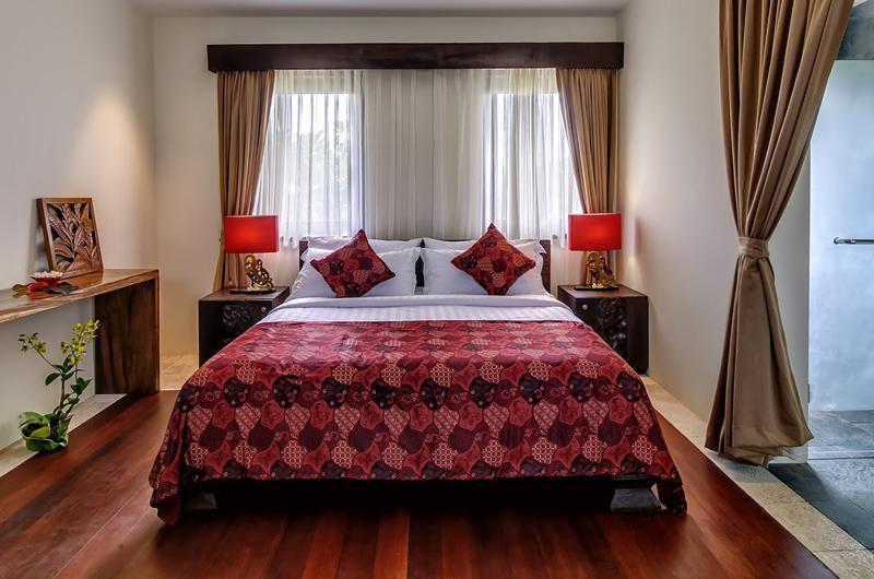 Bedroom with Wooden Floor - Villa Cantik Pandawa - Ungasan, Bali