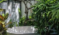 Open Plan Bathtub - Villa Cantik Pandawa - Ungasan, Bali