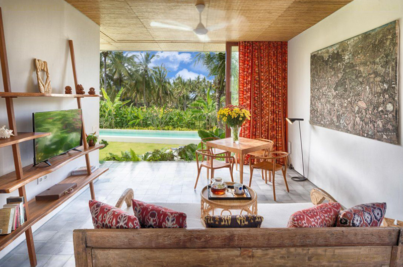 Lounge Area with TV - Villa Casabama - Villa Casabama Panggung - Gianyar, Bali