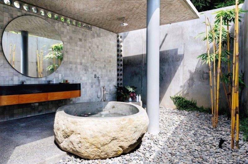 Bathroom 1 - Villa Casabama - Villa Casabama Panjang - Gianyar, Bali