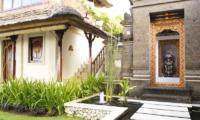 Pathway - Villa Cemara Sanur - Sanur, Bali