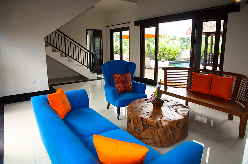 Living Area with Pool View - Villa Cendrawasih Ubud - Villa Kasuari 1 - Ubud, Bali