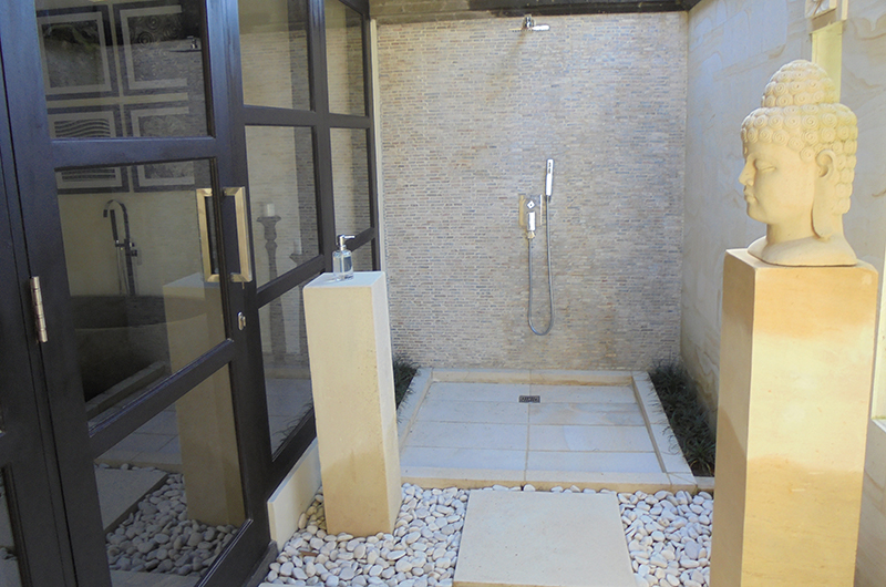 Bathroom with Shower - Villa Condense - Ubud, Bali