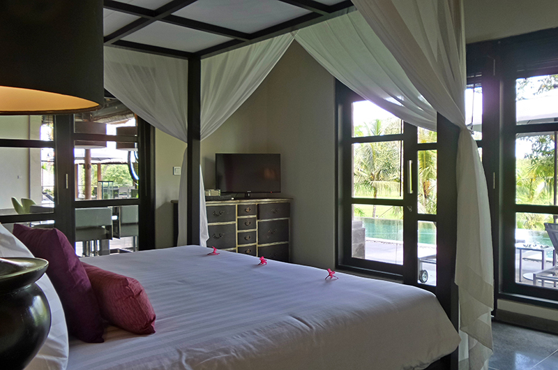 Bedroom with Pool View - Villa Condense - Ubud, Bali