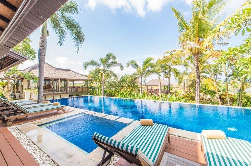 Reclining Sun Loungers - Villa Coraffan - Canggu, Bali