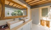 His and Hers Bathroom - Villa Coraffan - Canggu, Bali