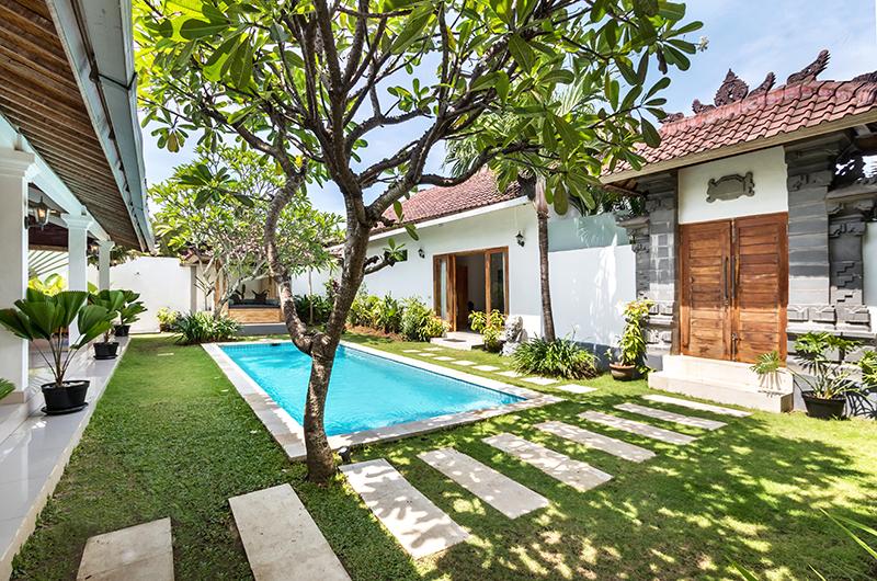 Gardens and Pool - Villa Crystal - Seminyak, Bali