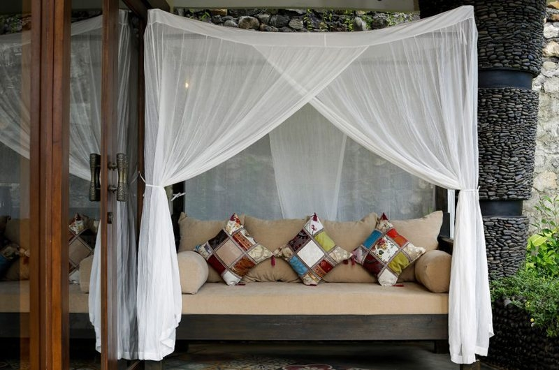 Outdoor Seating Area - Villa Delmara - Tabanan, Bali