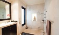 Bathtub with Shower - Villa Dewata II - Seminyak, Bali