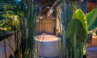 Semi Open Bathtub - Villa Djukun - Seminyak, Bali
