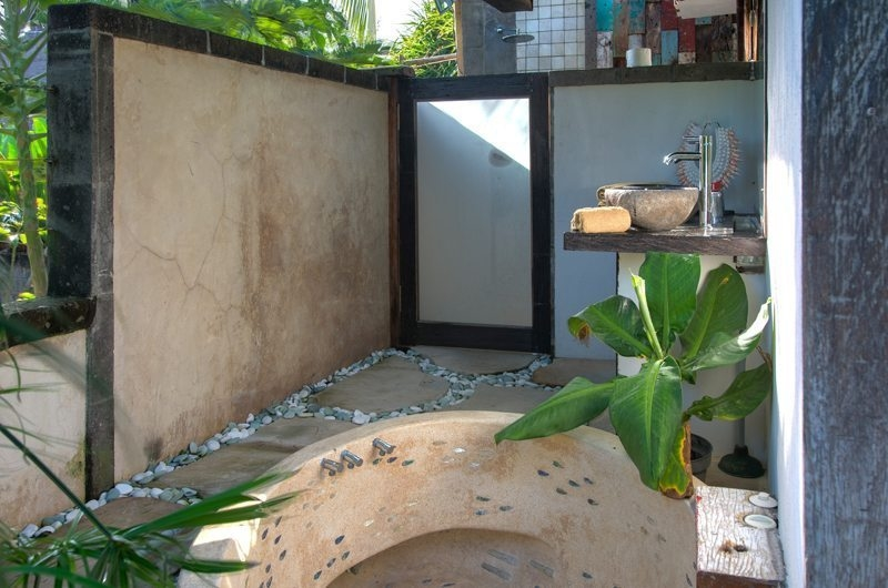 Bathtub - Villa Djukun - Seminyak, Bali