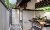 His and Hers Bathroom - Villa Djukun - Seminyak, Bali