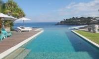 Pool Side - Villa Driftwood - Nusa Lembongan, Bali