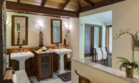 His and Hers Bathroom - Villa East Indies - Pererenan, Bali
