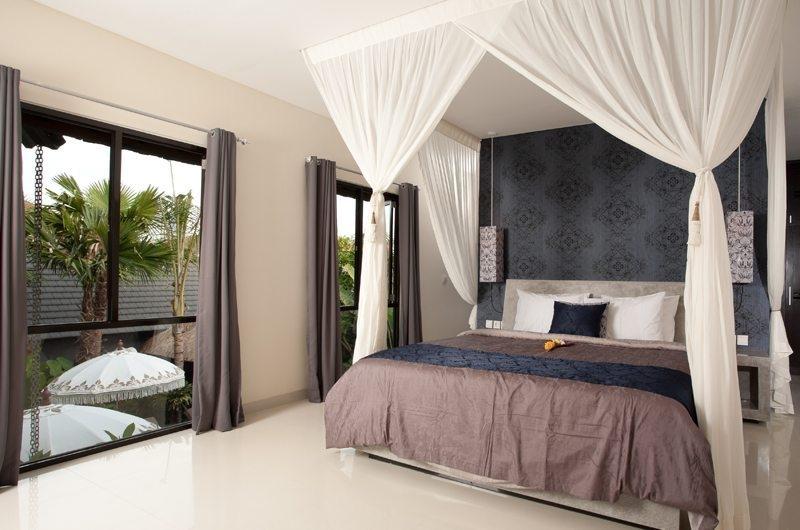 Bedroom with Garden View - Villa Elok - Batubelig, Bali