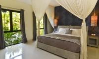 Bedroom with View - Villa Elok - Batubelig, Bali