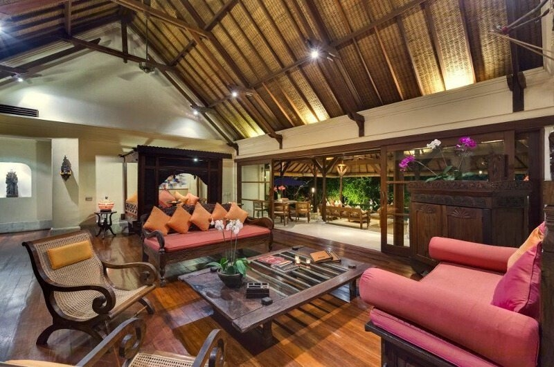 Indoor Living Area with Wooden Floor - Villa Frangipani - Canggu, Bali