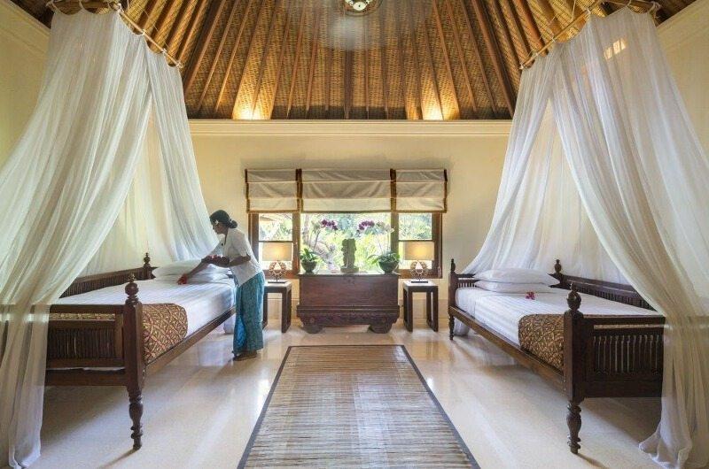 Twin Bedroom with View - Villa Frangipani - Canggu, Bali