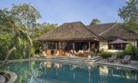 Swimming Pool - Villa Frangipani - Canggu, Bali