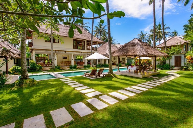 Gardens and Pool - Villa Gils - Candidasa, Bali