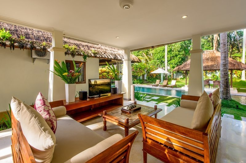 Living Area with TV - Villa Gils - Candidasa, Bali