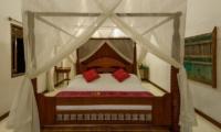 Four Poster Bed - Villa Gils - Candidasa, Bali