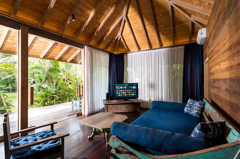 Lounge Room with TV - Villa Hansa - Canggu, Bali