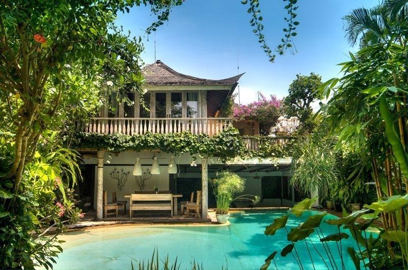 Pool - Villa Istimewa - Seminyak, Bali