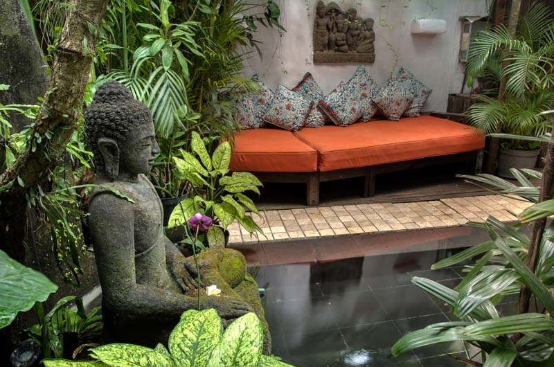 Outdoor Seating Area - Villa Istimewa - Seminyak, Bali
