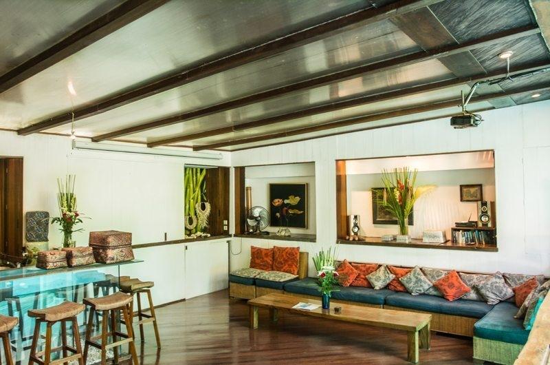 Living and Dining Area - Villa Istimewa - Seminyak, Bali