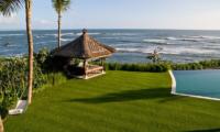 Beachfront View - Villa Jagaditha - Seseh, Bali