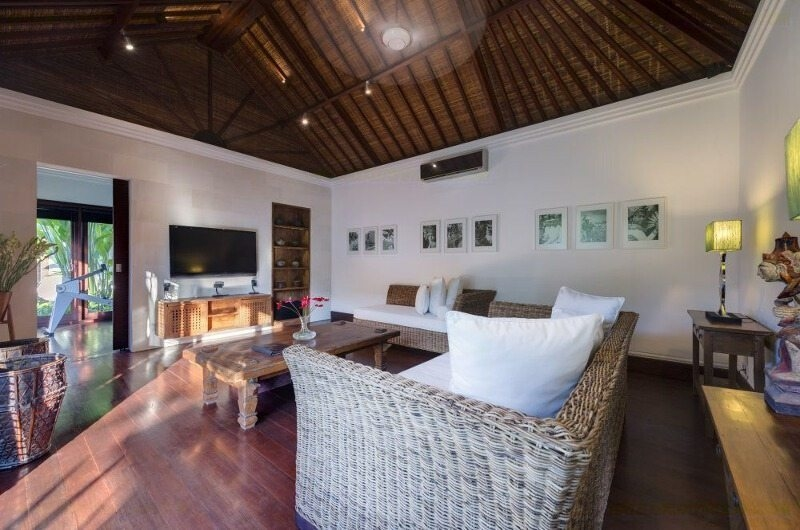 TV Room - Villa Jagaditha - Seseh, Bali