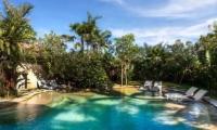 Swimming Pool - Villa Jempiring - Seminyak, Bali