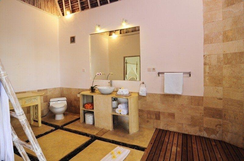 Bathroom - Villa Jolanda - Seminyak, Bali