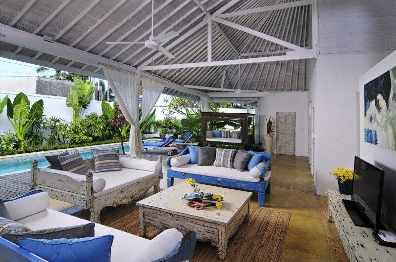 Living Area with Pool View - Villa Jolanda - Seminyak, Bali