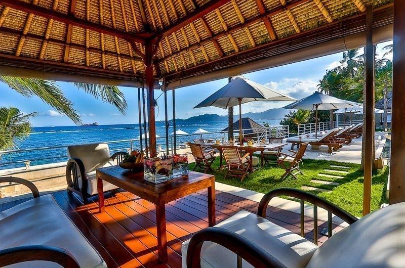 Outdoor Seating Area - Villa jukung - Candidasa, Bali