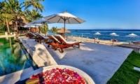 Pool Side Loungers - Villa jukung - Candidasa, Bali