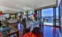 Dining Area with Sea View - Villa jukung - Candidasa, Bali
