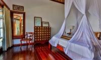 Bedroom View - Villa jukung - Candidasa, Bali