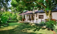 Lawns - Villa Jumah - Seminyak, Bali