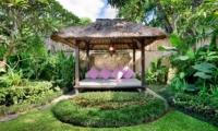 Pool Bale - Villa Jumah - Seminyak, Bali