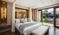 Bedroom with Outdoor View - Villa Kajou - Seminyak, Bali