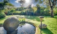 Lawns - Villa Kalibali - Uluwatu, Bali