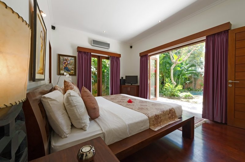Bedroom with Pool View - Villa Kalimaya - Seminyak, Bali