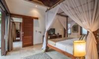 Four Poster Bed - Villa Kalimaya - Seminyak, Bali